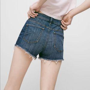 Aritzia Talula Okinawa high rise jean shorts denim